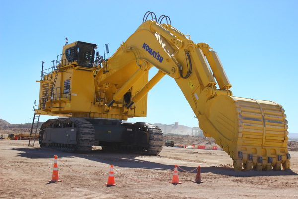 Komatsu PC8000 - Big Diggers for sale